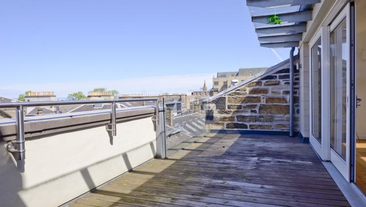 Balcony at Thistle Street Apartments - Citybase Apartments