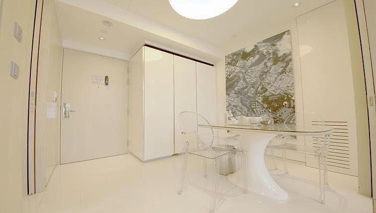 Dining area at La Residenza Waterfront Apartments, Singapore - Citybase Apartments