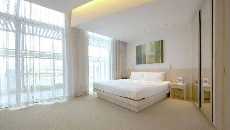 Bedroom at La Residenza Waterfront Apartments, Singapore - Citybase Apartments