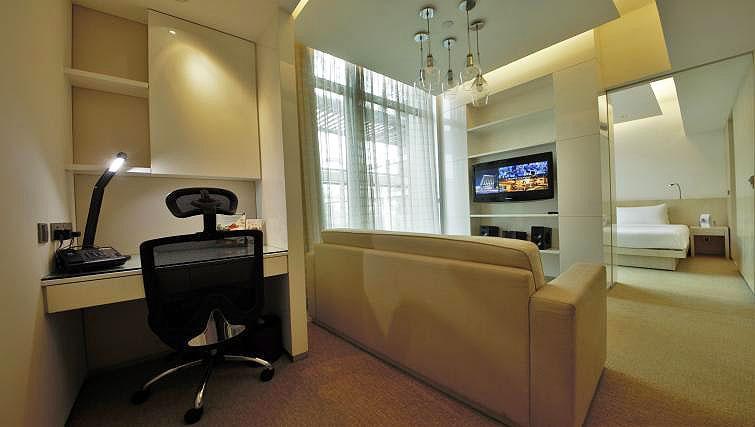 Study desk at La Residenza Waterfront Apartments, Singapore - Citybase Apartments