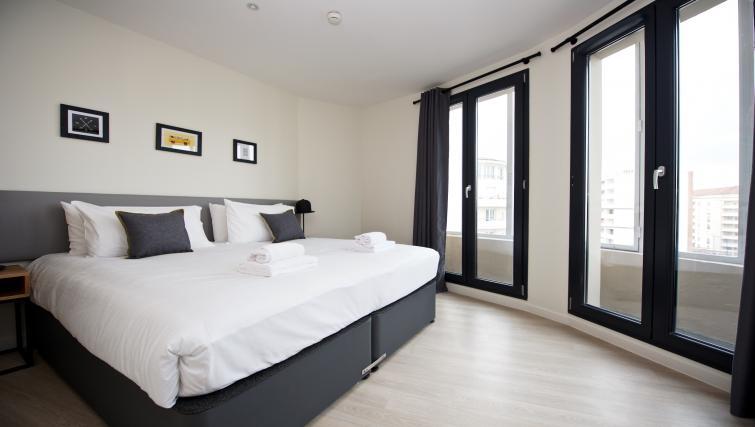 Bedroom at Staycity Lyon Rue Garibaldi - Citybase Apartments