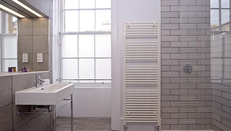 Shower room at Distillers House - Citybase Apartments