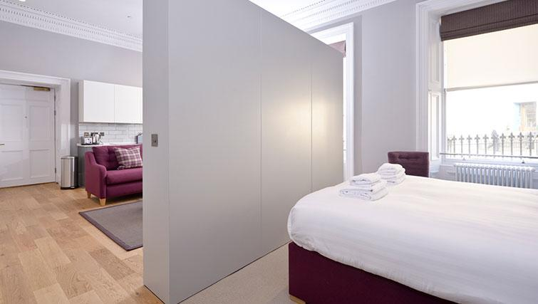 Open plan bedroom at Distillers House - Citybase Apartments