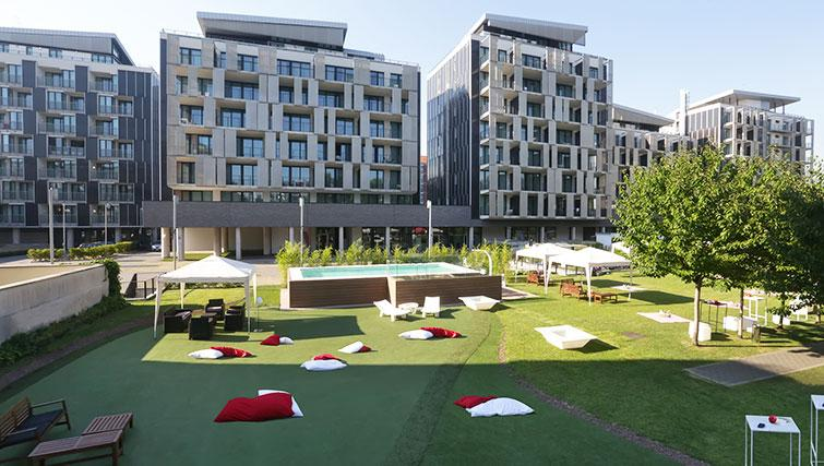 Gardens at Ramada Plaza Milano - The Residence - Citybase Apartments