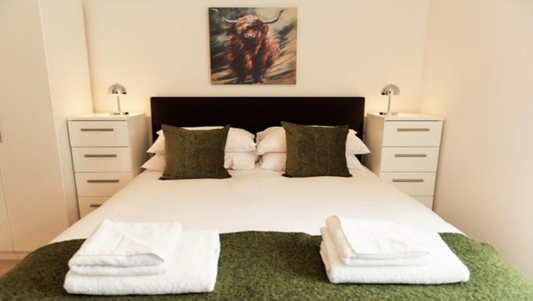 Bright bedroom at Flamsteed Close Apartments - Citybase Apartments