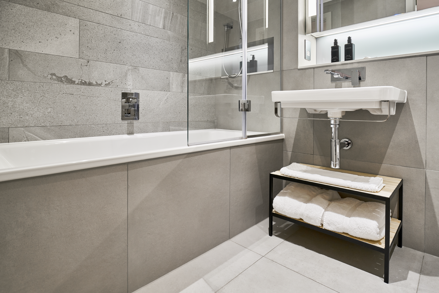 Shower at CitySuites Manchester - Citybase Apartments