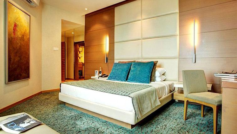 Grand bedroom at Great World Serviced Apartments, Singapore - Citybase Apartments