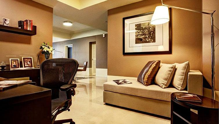 Spacious living area at Great World Serviced Apartments, Singapore - Citybase Apartments