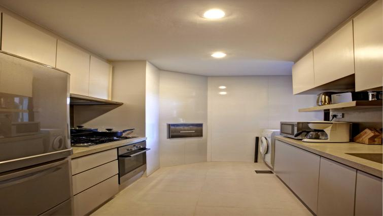 Kitchen at Great World Serviced Apartments, Singapore - Citybase Apartments