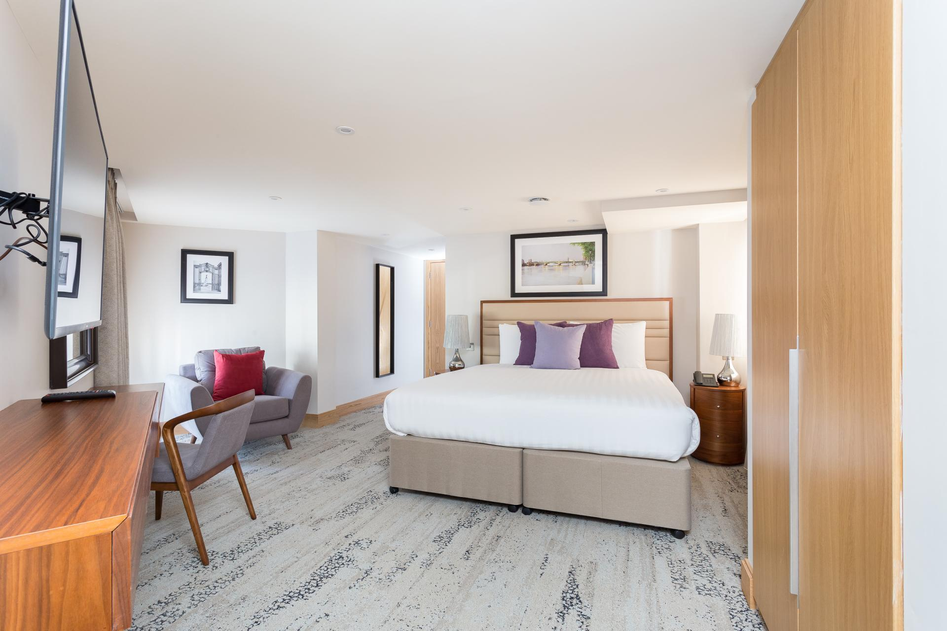 Cosy bedroom at Sanctum Belsize Apartments - Citybase Apartments