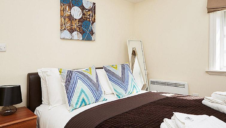 Double bedroom at Charing Cross by Q Apartments - Citybase Apartments