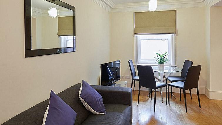 Stylish living area at Charing Cross by Q Apartments - Citybase Apartments