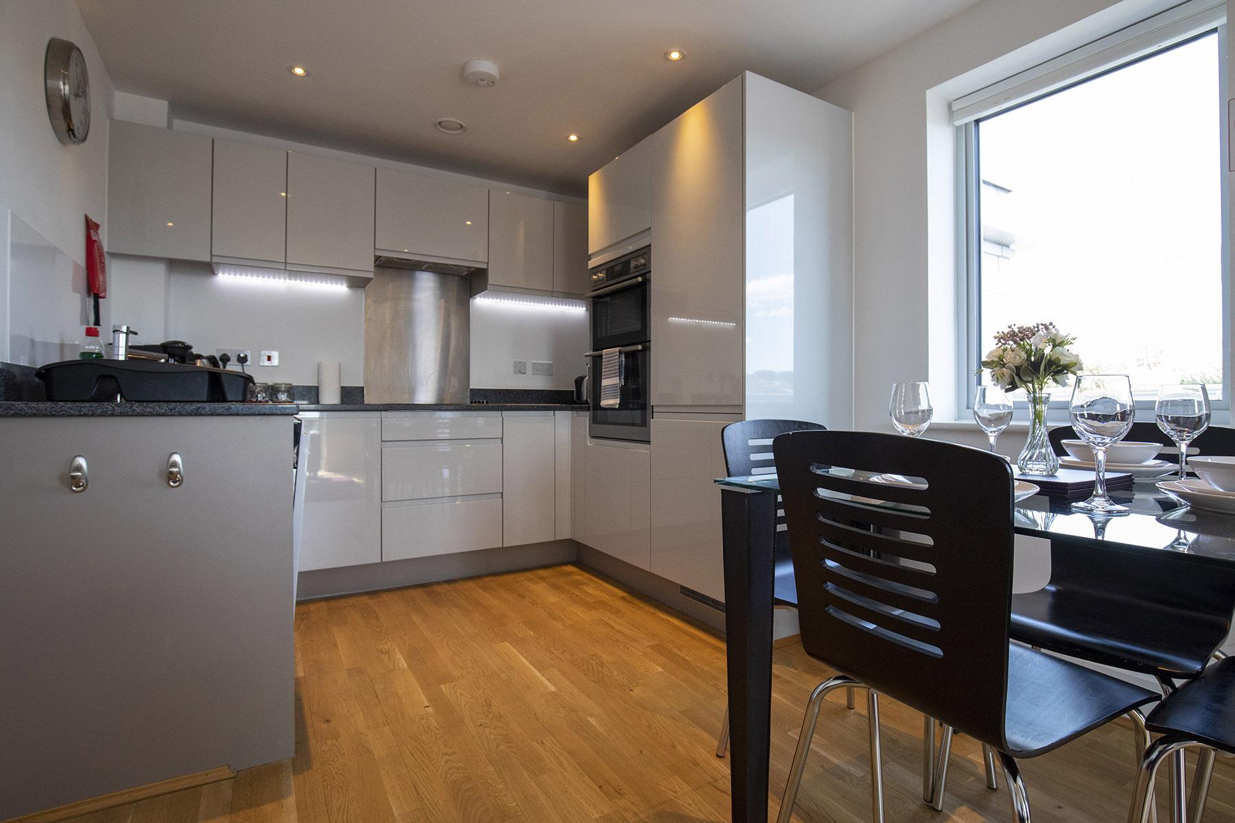 Kitchen at Station View Apartments - Citybase Apartments