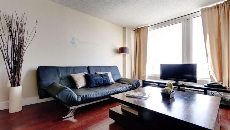 Living area at Les etoiles Apartments - Citybase Apartments