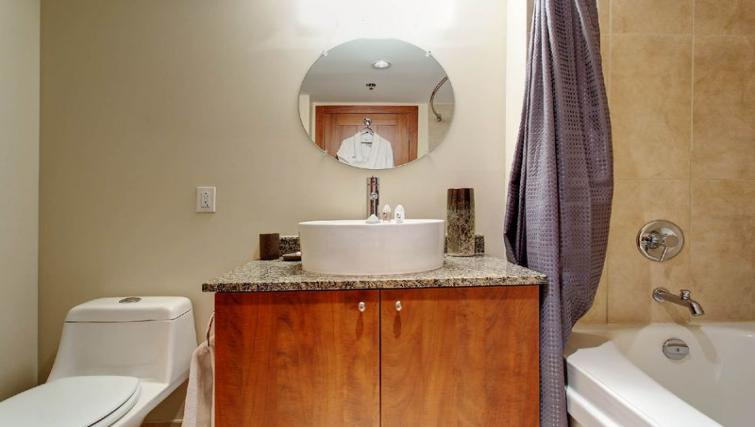Sink at Les etoiles Apartments - Citybase Apartments