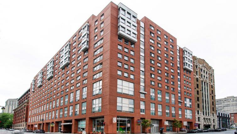 Exterior of Mosaique Apartments - Citybase Apartments
