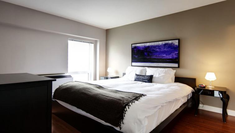 Bedroom at Mosaique Apartments - Citybase Apartments