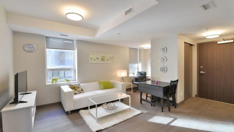 Living room at 169 Lisgar Apartments - Citybase Apartments