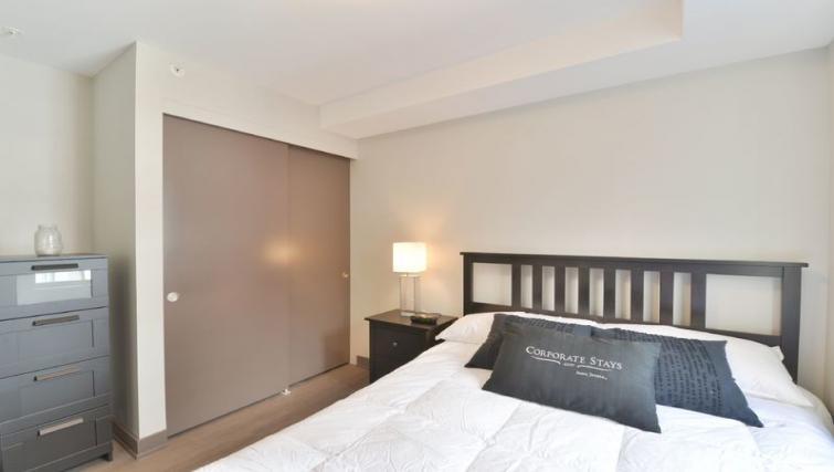 Bedroom at 169 Lisgar Apartments - Citybase Apartments