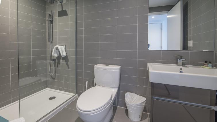 Bathroom at The Slater Apartment - Citybase Apartments