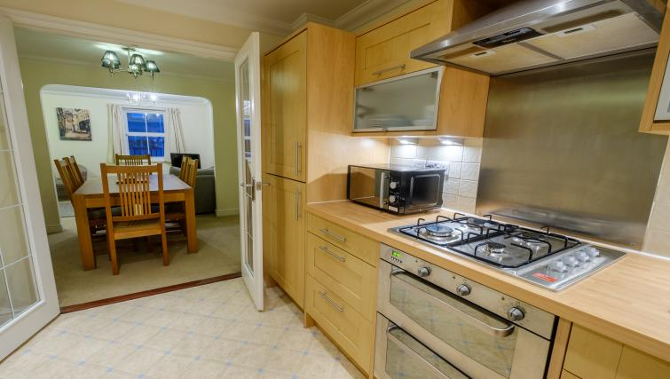 Fully equipped kitchen at City Centre Town House - Citybase Apartments