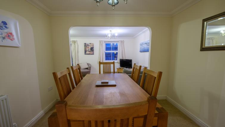 Dining area at City Centre Town House - Citybase Apartments
