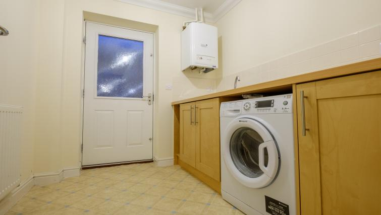 Laundry at City Centre Town House - Citybase Apartments