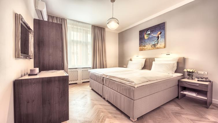 Double bed at Milosrdnych Apartments - Citybase Apartments
