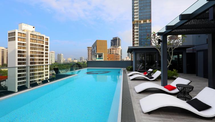 Pool at Oakwood Studios Singapore - Citybase Apartments