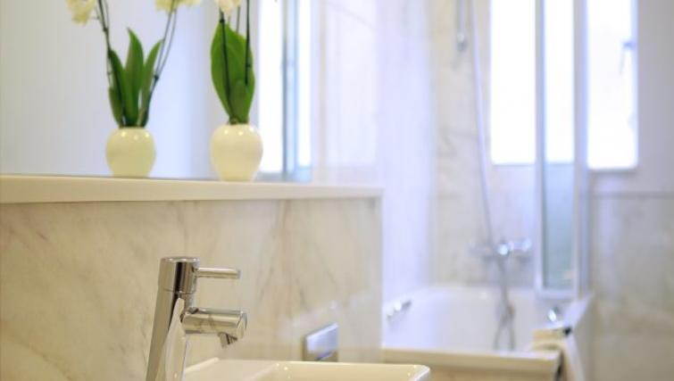 Bath at Fitzrovia Cleveland Apartments - Citybase Apartments