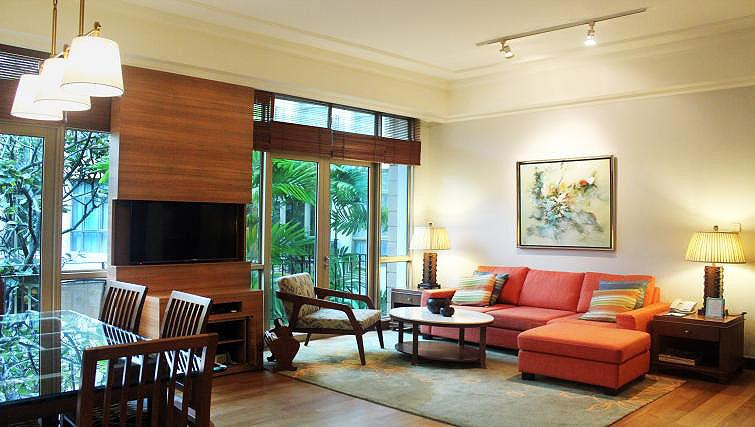 Living area at Treetops Executive Residences on Orange Grove Road, Singapore - Citybase Apartments