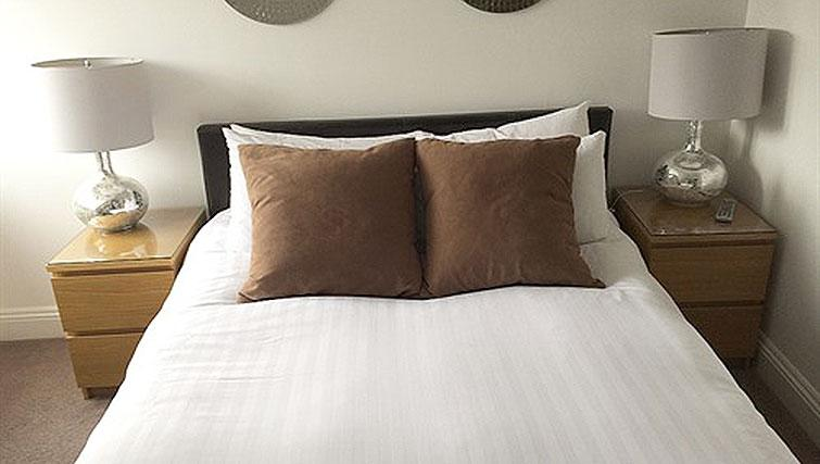 Cosy bed at Alum Chine Beach House - Citybase Apartments