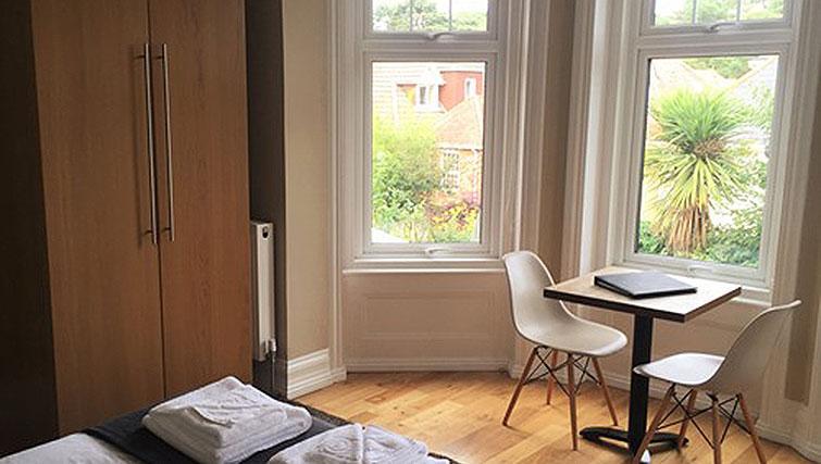 Studio room at Alum Chine Beach House - Citybase Apartments