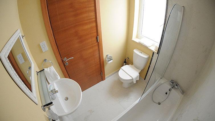 Bathroom at Onyx Suites & Apartments - Citybase Apartments