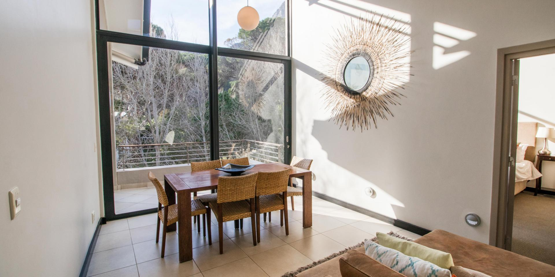 Dining area at The Glen Apartments - Citybase Apartments