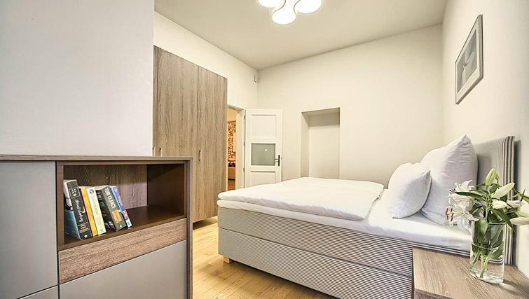 Cosy bedroom at Krizovnicka Residence - Citybase Apartments