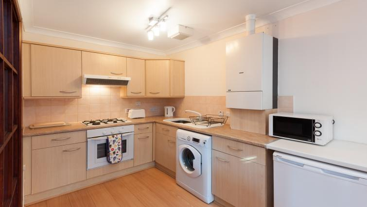 Equipped kitchen at Greyfriars Apartment - Citybase Apartments