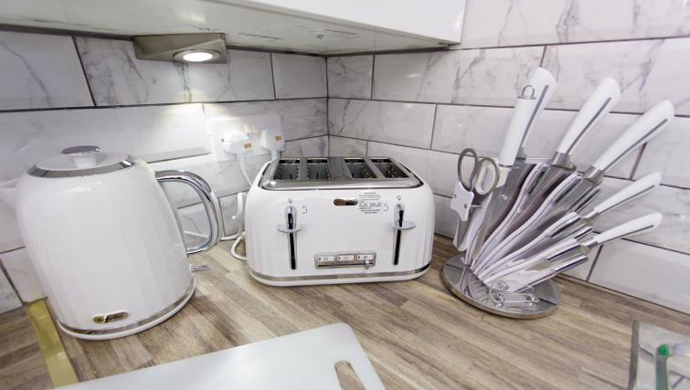 Kitchen facilities at Shaftesbury Apartment - Citybase Apartments