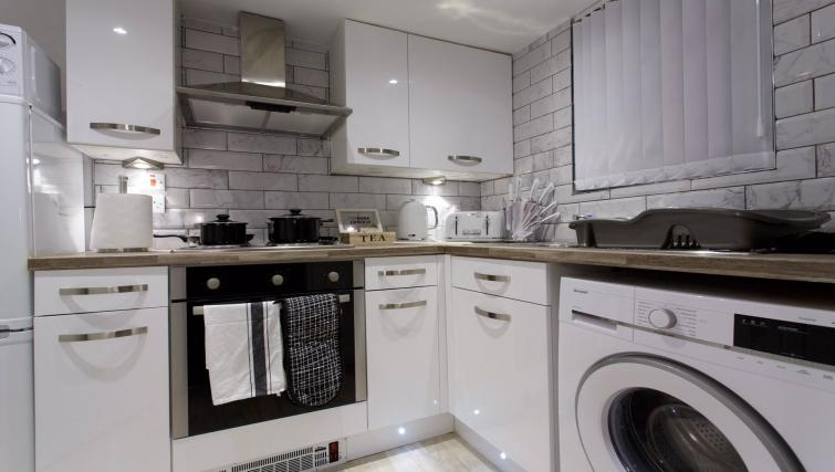 Equipped kitchen at Shaftesbury Apartment - Citybase Apartments