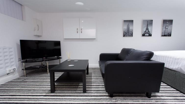 Living area at Shaftesbury Apartment - Citybase Apartments