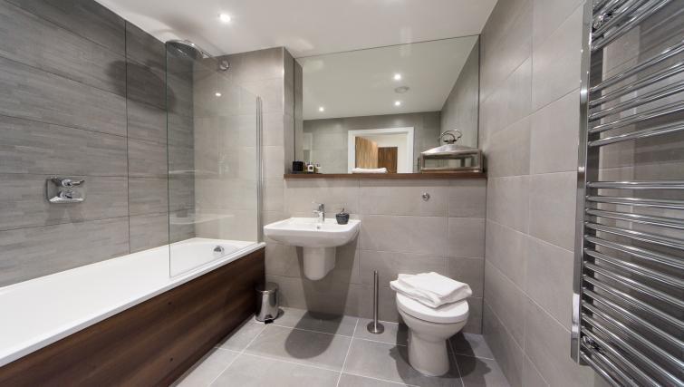 Bathroom at Cambridge Street Apartments - Citybase Apartments