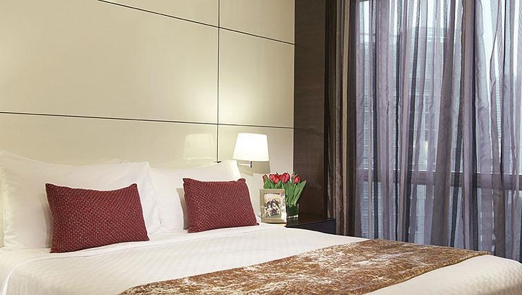 Master bedroom at Orchard Scotts Residences, Singapore - Citybase Apartments