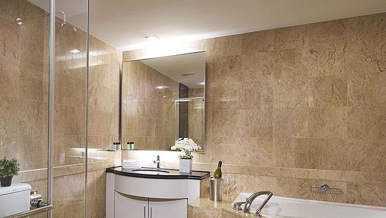 Master bathroom at Orchard Scotts Residences, Singapore - Citybase Apartments