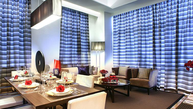 Living space at Orchard Scotts Residences, Singapore - Citybase Apartments