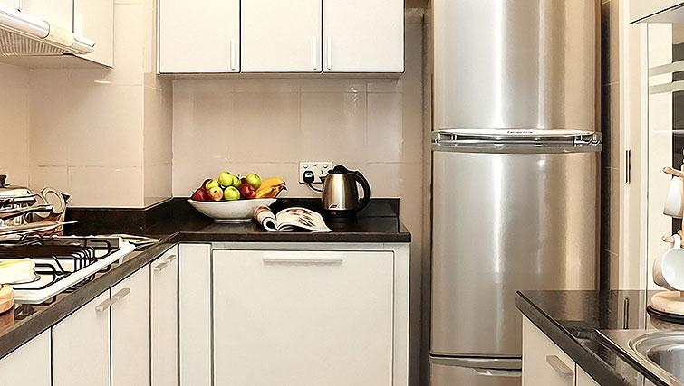 Fully equipped kitchen at Orchard Scotts Residences, Singapore - Citybase Apartments