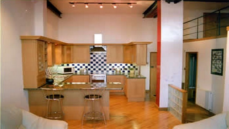 Unique kitchen in Trafalgar Warehouse Apartments - Citybase Apartments
