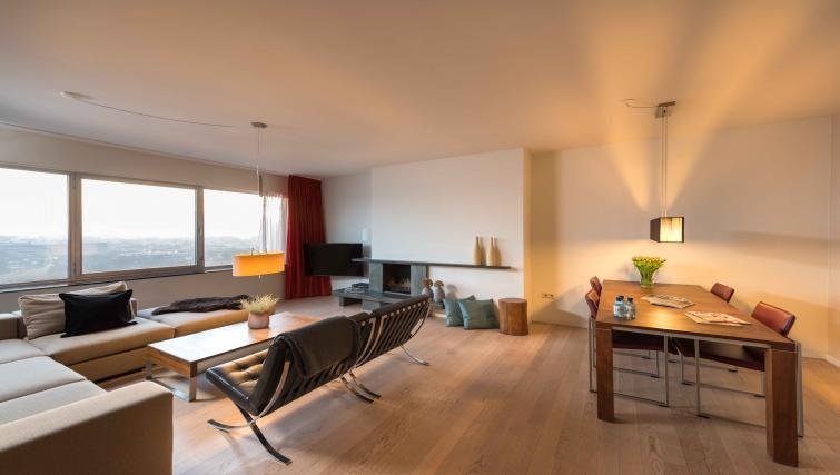 Living area at Htel Amsterdam Buitenveldert - Citybase Apartments