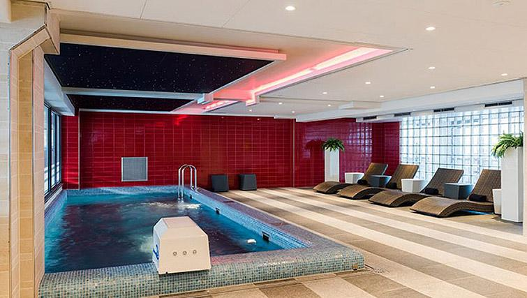 Pool at Htel Amstelveen, Amsterdam - Citybase Apartments