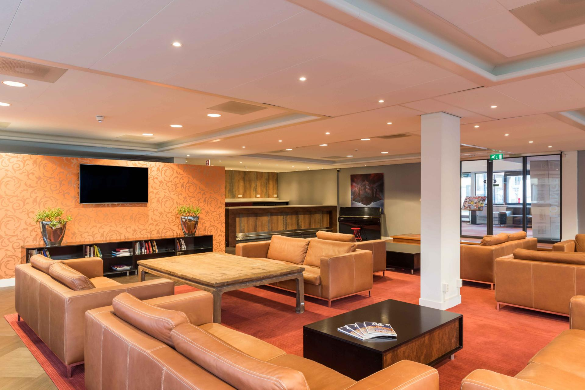 Communal lounge at Htel Amstelveen, Amsterdam - Citybase Apartments