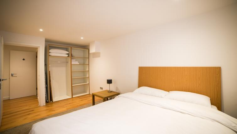 Bedroom at Keswick House Apartments - Citybase Apartments